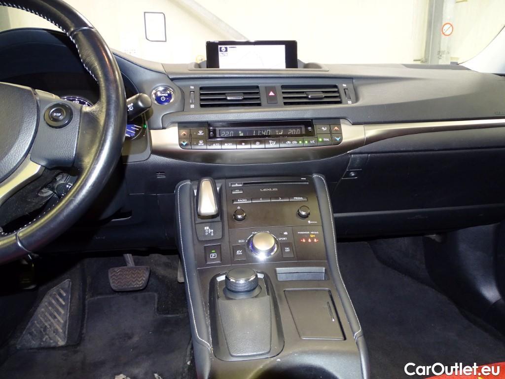 Lexus  CT  #8