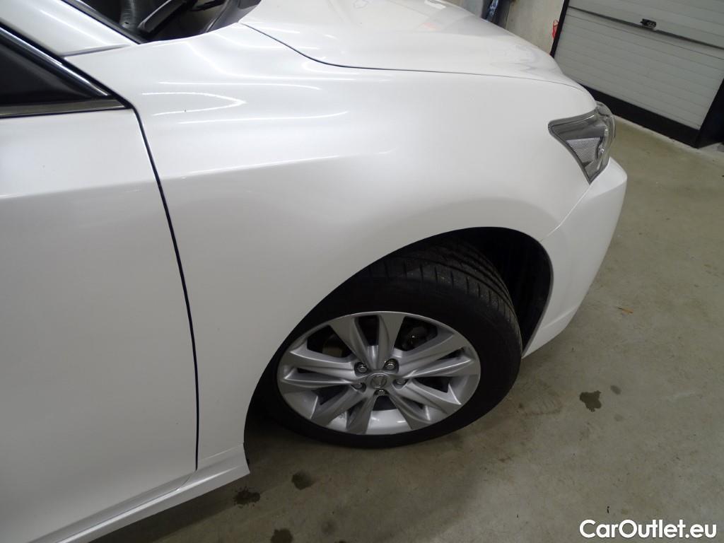Lexus  CT  #14