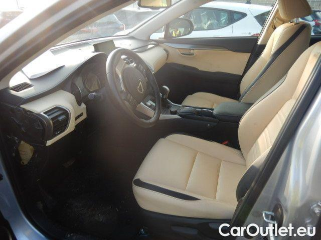 Lexus  NX 300h Executive 4wd #7