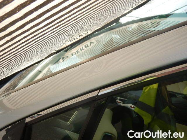 Lexus  NX 300h Executive 4wd #96